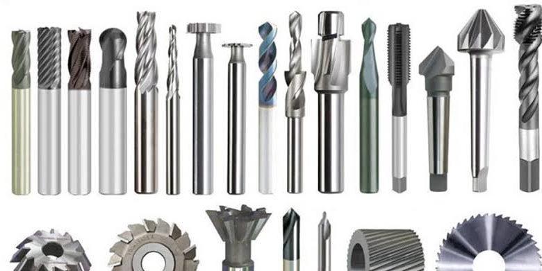Tipos diferentes de aços ferramenta.