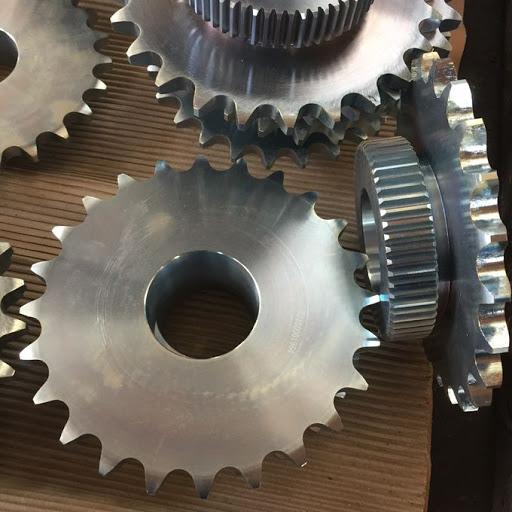 Engrenagem leve feita de aço carbono 1045.