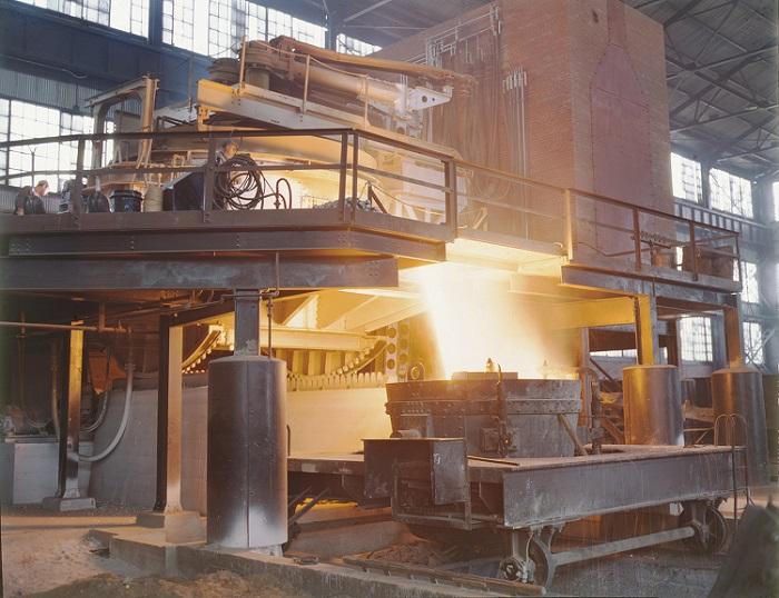 Fabricação de aço.