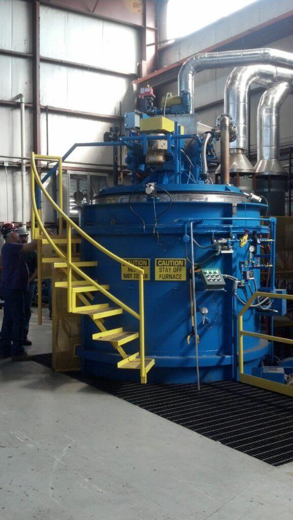Máquina para nitretação gasosa.